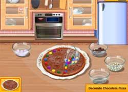 Школа кулинаров - готовим шоколадную пиццу